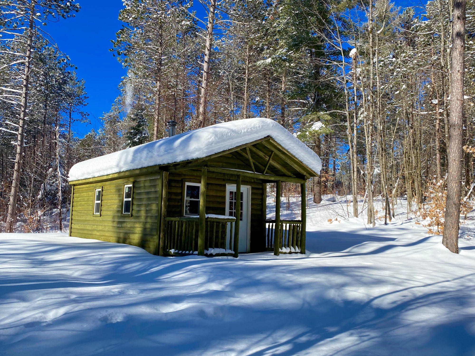 Amish built adirondack cabin